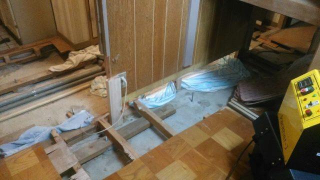 北九州市八幡西区にて特殊清掃2日目、家財整理を行います。